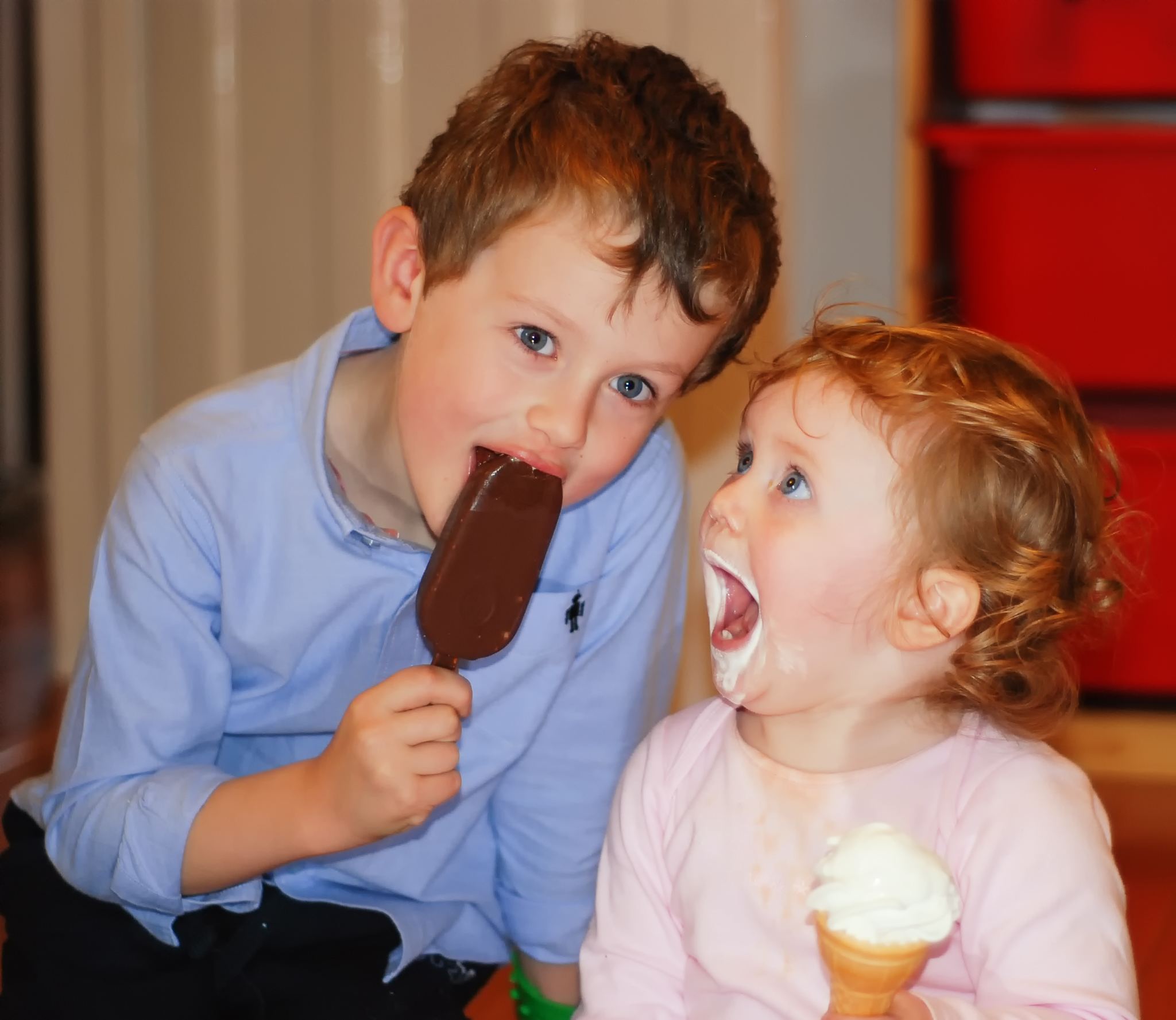 20101016_eating-ice-creams_20101016_4615_01
